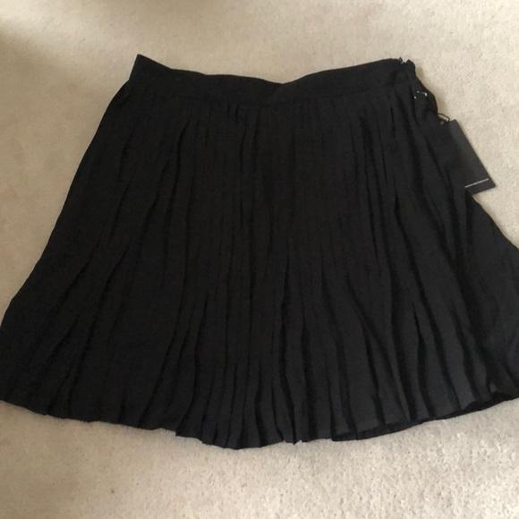 Chiffon pleated skirt!